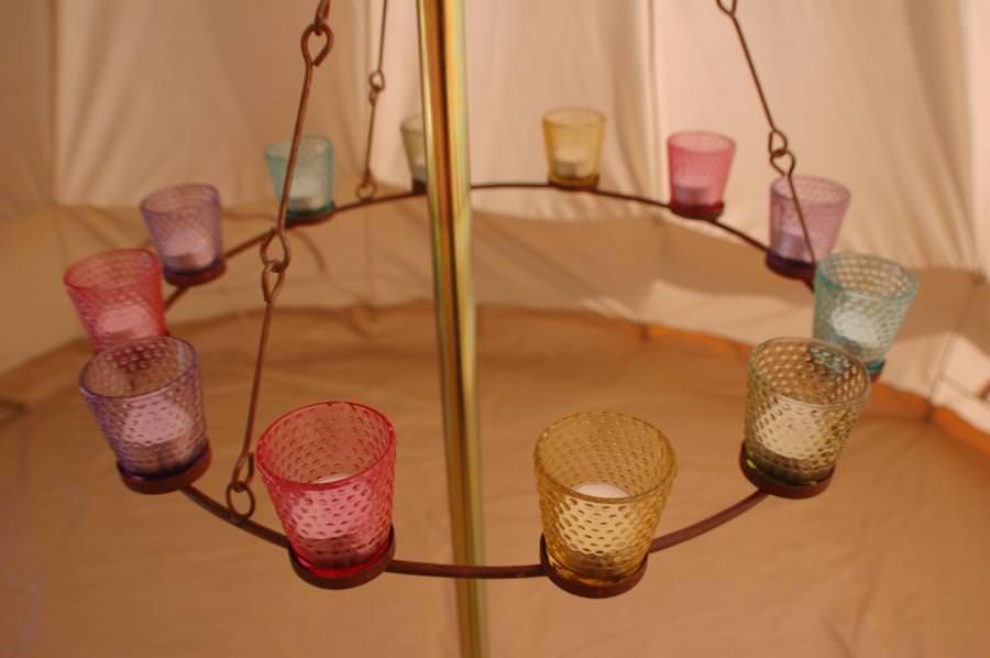 chandelier tente glamping sibley