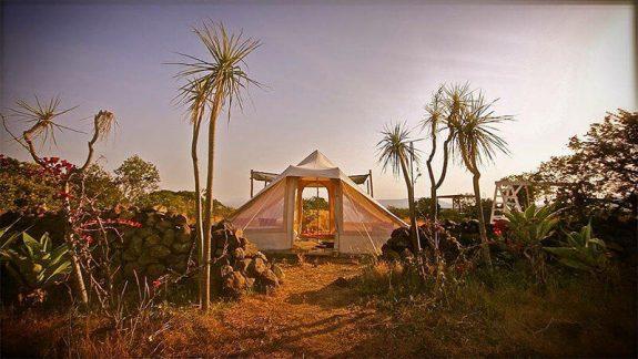 tente de camping ou glamping en coton couleur sable